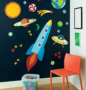 Wallies Out of This World wallpaper